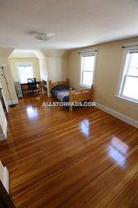 Allston Apartment for rent 3 Bedrooms 2 Baths Boston - $2,900